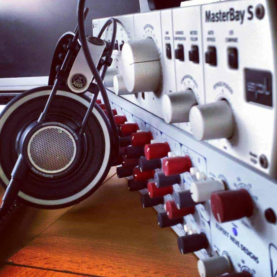 SPL MASTERBAY, NEVE SATELLITE, AKG MASTERING HEADPHONES bei Peak-Studios
