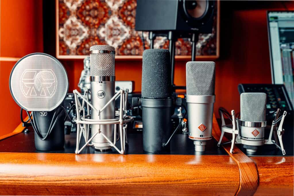 Aufnahme Mikrofone für Vocals und Instrumente bei Peak-Studios